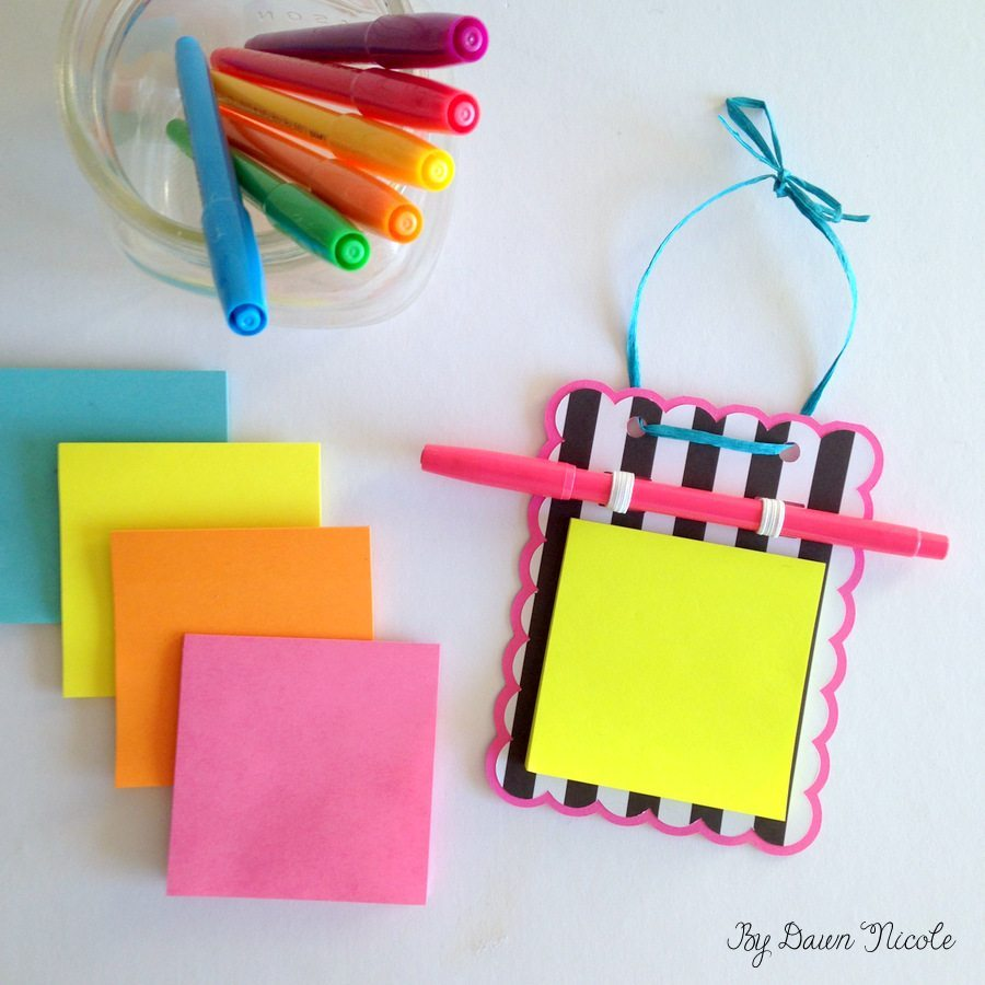Silhouette Saturday: DIY Post-It Note Holder | bydawnnicole.com